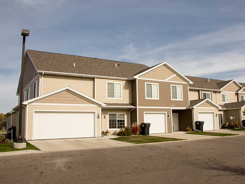 Lamont Companies East Briar Apartment Complex In Aberdeen Sd For Rent Exterior Property Photo