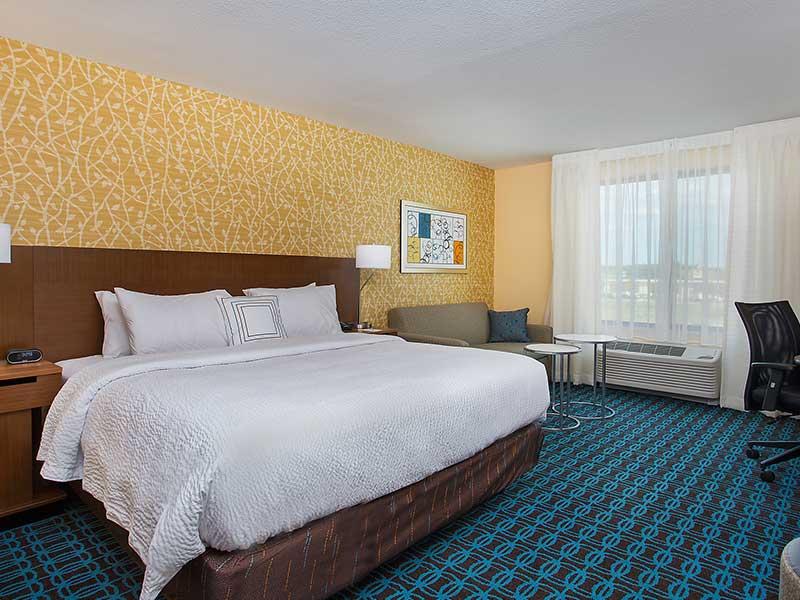 Fairfield Inn & Suites by Marriott Hotel